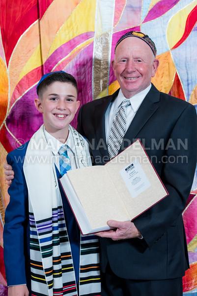 Mariana_Edelman_Photography_Cleveland_Bar_Mitzvah_Park_Synagogue_Ari_Zelwin_0012