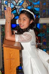 Arianna kneeler DSC_9012 QP