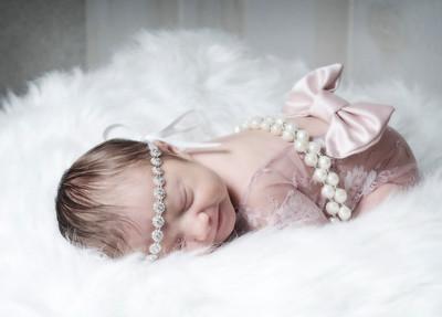 Arielle {Newborn}