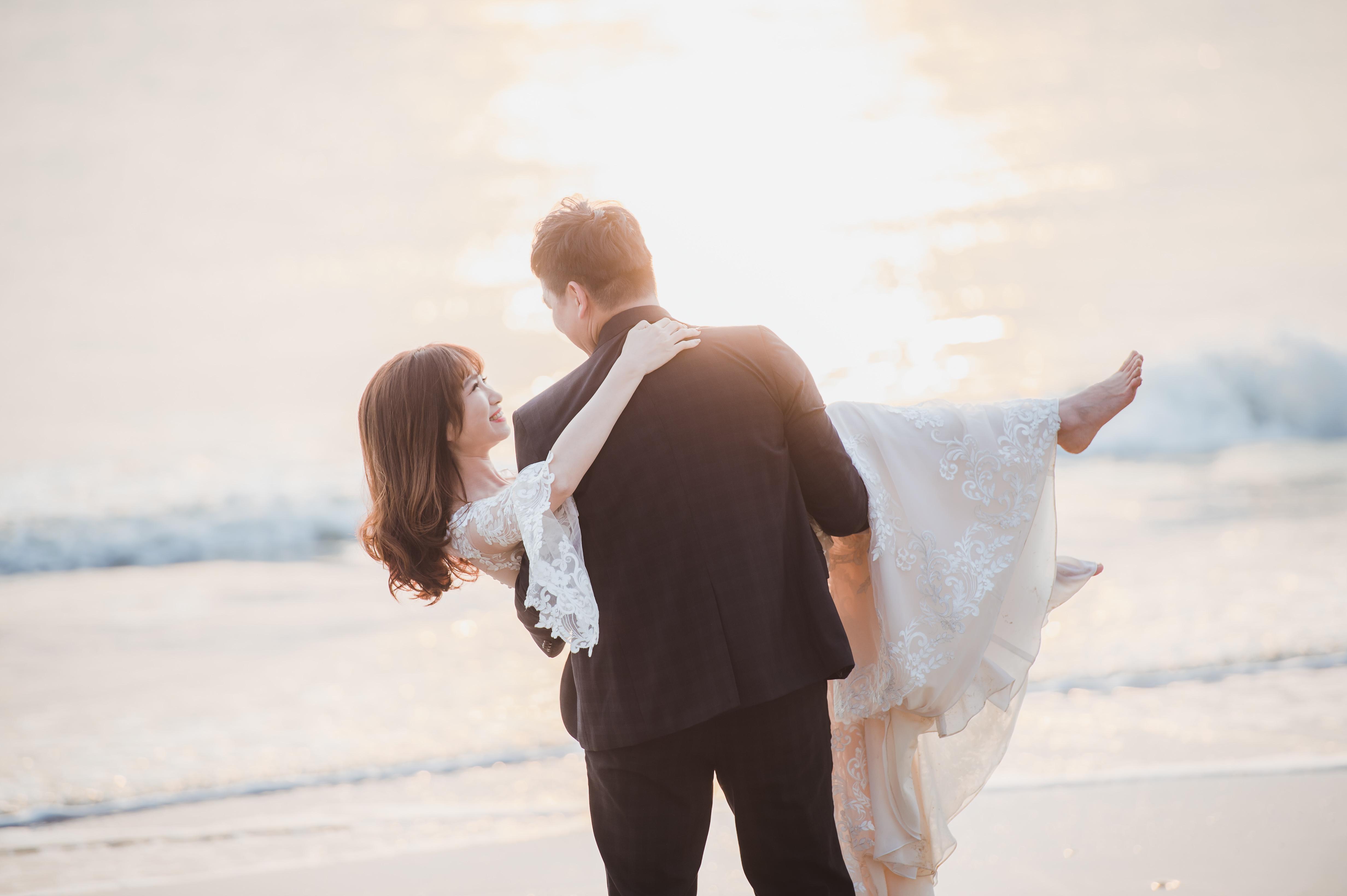 大青蛙金門婚紗,愛瑞思手工婚紗,新莊婚紗攝影工作室,禮服出租