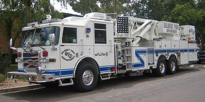 GIL L251 2007 Pierce Dash 95ft mmt