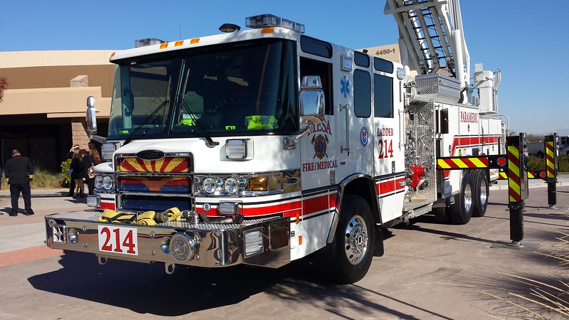 MES L214 2015 Pierce Quantum 85ft rmt quint