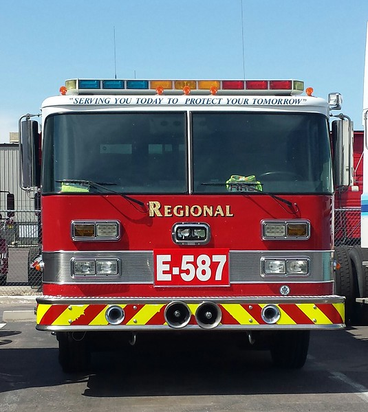 Regional Fire E587 Pierce Arrow (front)