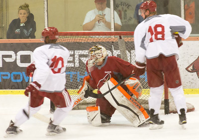 Arizona Coyotes Prospects Camp July 07 2015  009