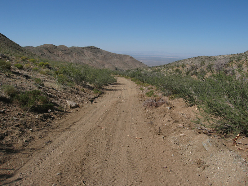 Descending into lower Elbow Canyon.