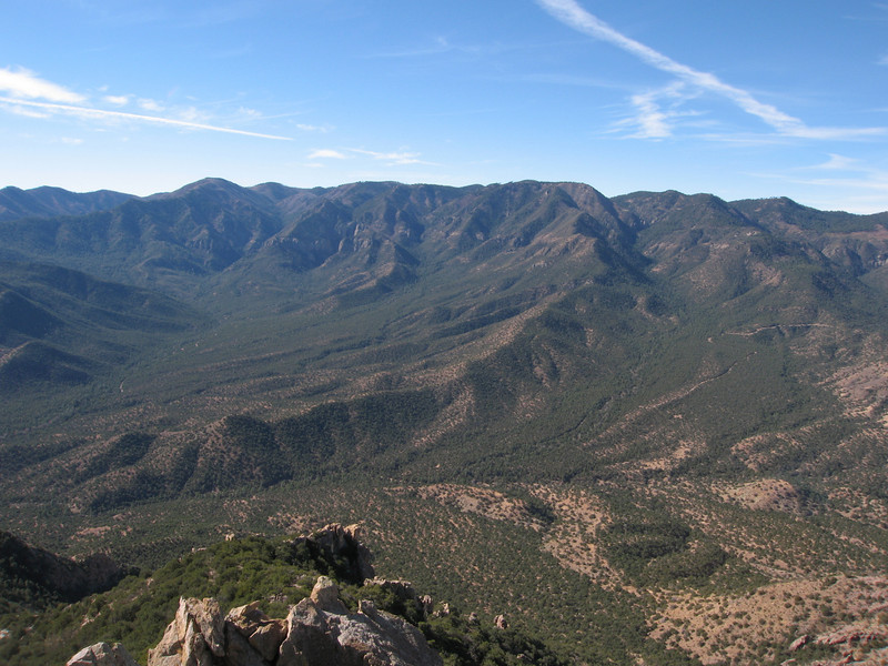 The Chiricahua Mtns to the southwest.
