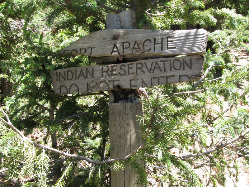 Reservation boundary sign