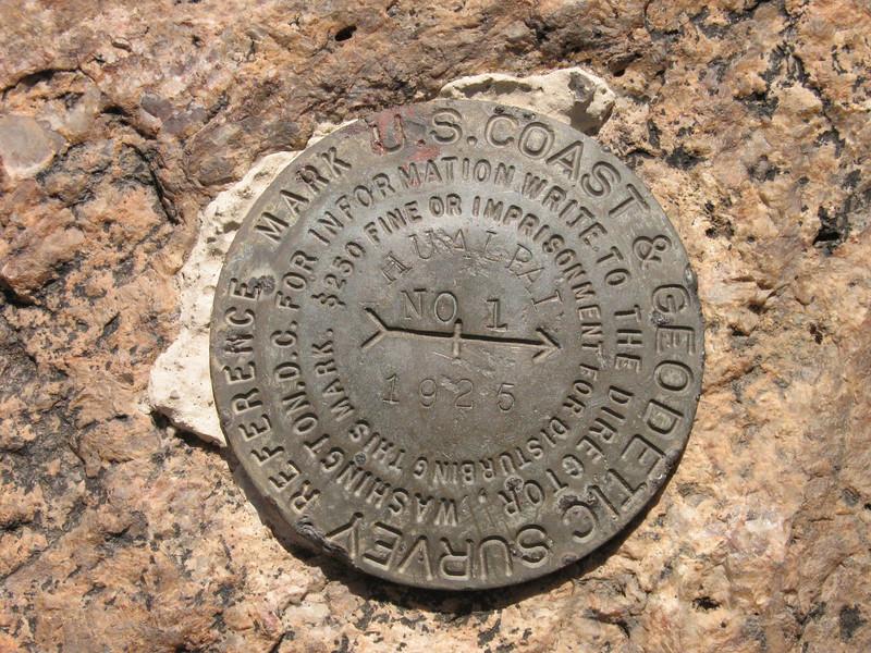 "Witness BM ""Hualpai 1925"""