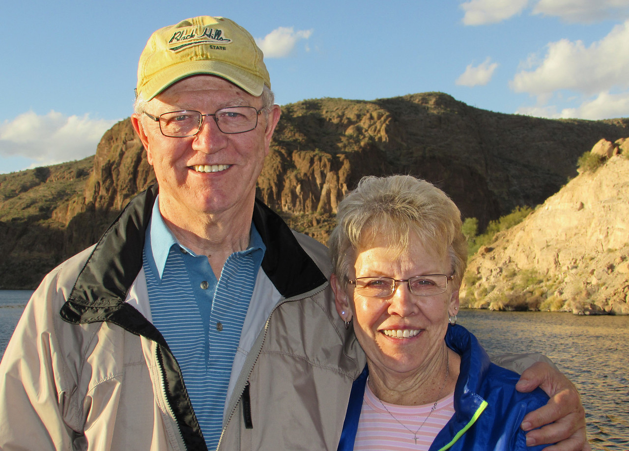 Thanks to Belva for snapping this photo of Larry and Karen as the boat approached the pier.