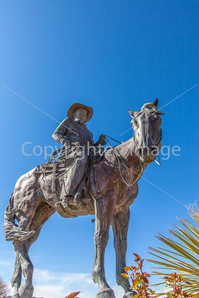 Statue in Sonoita, Arizona - D3-C2- - 72 ppi