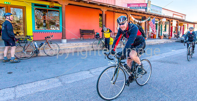 ACA - Cyclists outside Gathering Grounds Coffeehouse, Patagonia, AZ - D3-C2- - 72 ppi