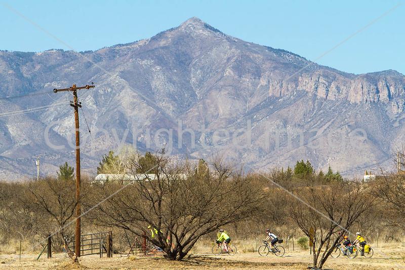 ACA - Rider(s) between Bisbee & Sierra Vista, Arizona - D6-C1-0213 - 72 ppi