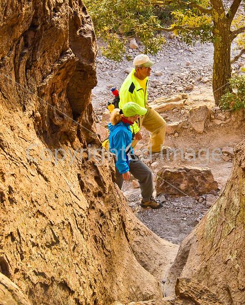 Grottoes Trail, Chiricahua Nat'l Mon in Arizona -  D7-C3 -0200 - 72 ppi-2
