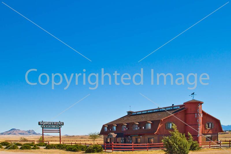 Along Arizona Hwy 82 between Sonoita & Patagonia  D4-C3- - 72 ppi-2
