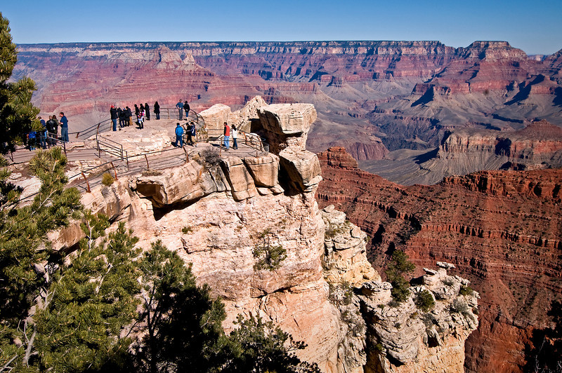 AZ 009                     Visitors gaze into the Grand Canyon from an observation platform at Yaki Point, Grand Canyon National Park, AZ.