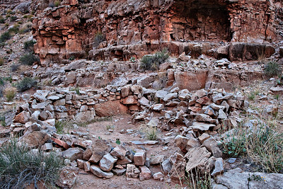 Anasazi ruins, South Canyon River mile 31