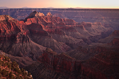 Bright Angel Canyon - last light - Transept Trail