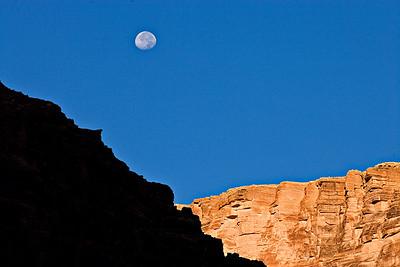 Supai moonset - North Canyon - Mile 20.4
