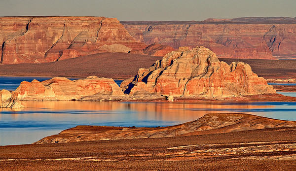 Sunset light on Lake Powell from the Vermillion Cliffs
