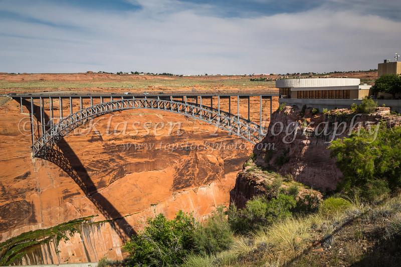 The Glen Canyon Dam bridge over the Colorado River near Page, Utah, USA.