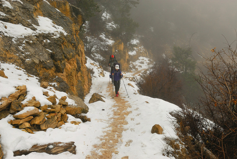 The winter storm turns to snow as we approach the South Rim of Grand Canyon.