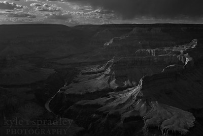 Sunset at Mohave Point, along the West Rim Dr. in Grand Canyon National Park in Arizona.  © Kyle Spradley Photography | www.kspradleyphoto.com