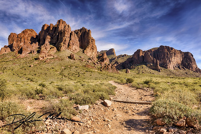 Superstition Mountain - Siphon Draw Trail