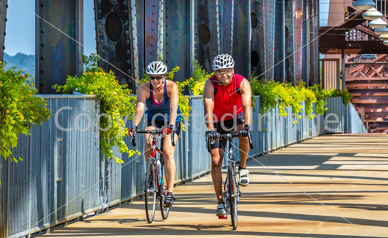 Cyclist(s) on Clinton Presidential Park-Rock Island Bridge in Little Rock - ACA South Loop - C1_1C30143 - 72 ppi-2