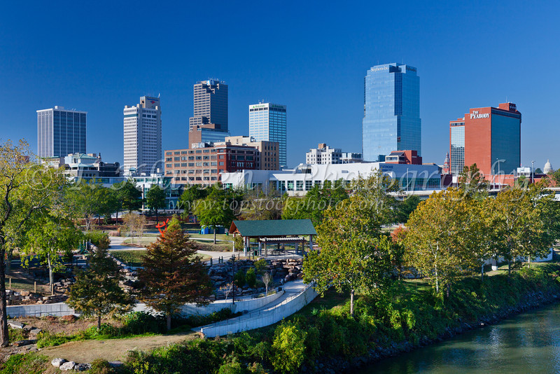 The Arkansas river and the skyline of Little Rock, Arkansas, USA.
