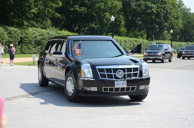 Presidential limosine, Arlington National Cemetery Memorial Day 2012