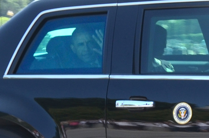 President Obama arrives at Arlington National Cemetery Memorial Day 2012