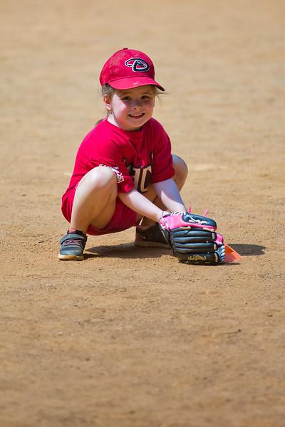 Mia sort of ready to field - 2016-06-11