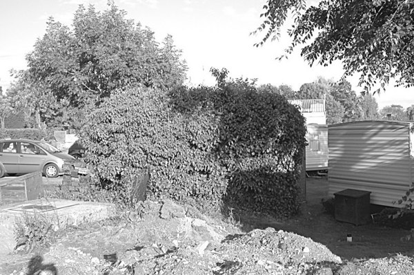 <font size=3><u> - Military Pill Box  -  </u></font> (BS0719)  Located Cruiser Station.  Used as a machine gun post in the last war.  Now covered in ivy and probably better camouflaged than that during the war.