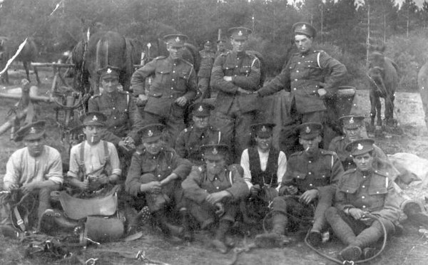 "<font size=3><u> - Captain Hatt's Territorial - </u></font> (BS0174)  Probably 1920s  The local Territorials, commanded by Captain Hatt.  Back Row :-Far right, Bernard Haines  The following are possibles, not definites -  Front row:- (in shirtsleeves) First left, one of the Field family of Birmingham Yard 			          Second left, Jimmy Green Captain Hatt lived at Hale Farm.  See ""Benson, A Century of Change""  Page 127"
