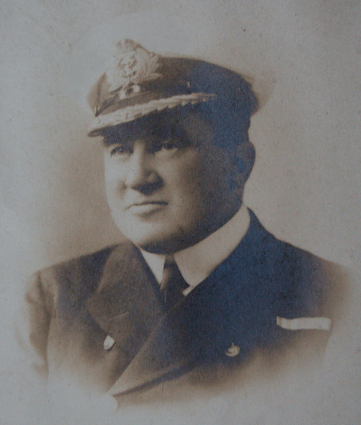 <font size=3><u> - Admiral Blois Miller -  </u></font> (BS1198)  Admiral Blois Miller, who captained HMS Nottingham at the Battle of Jutland with distinction, for which he was awarded the Order of Bath.  Retired to Brixton Lodge, Preston Crowmarsh.  See Benson Bulletin: Vol 14 issue 5 -   http://bensonbulletin.com/bulletin/feb_08.pdf Vol 14 issue 6 -   http://bensonbulletin.com/bulletin/mar_08.pdf Vol 14 issue 7 -  http://bensonbulletin.com/bulletin/apr_08.pdf