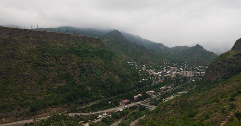 Climbing climbing climbing from Alaverdi to Sadahart (Sanahin),