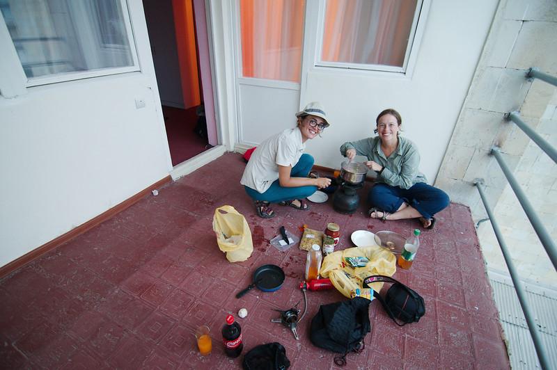 Cooking dinner at Hotel Debed, Sadahart (Sanahin)
