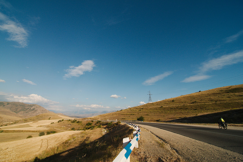 Late afternoon, downhill to Chiva