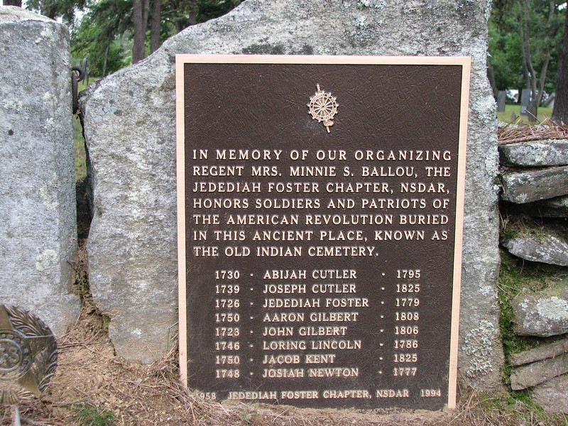 Plaque to the right of the entrance. Foster is mentioned.