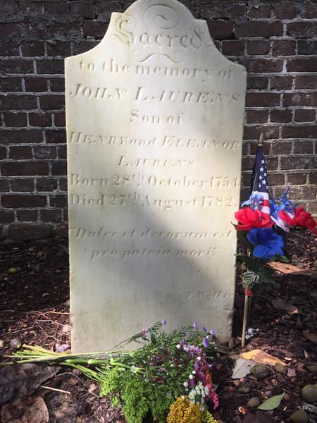 John Laurens' gravestone