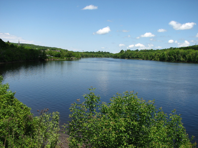 Looking upstream. The Maine State House dome is the black dot above the trees just left of center.
