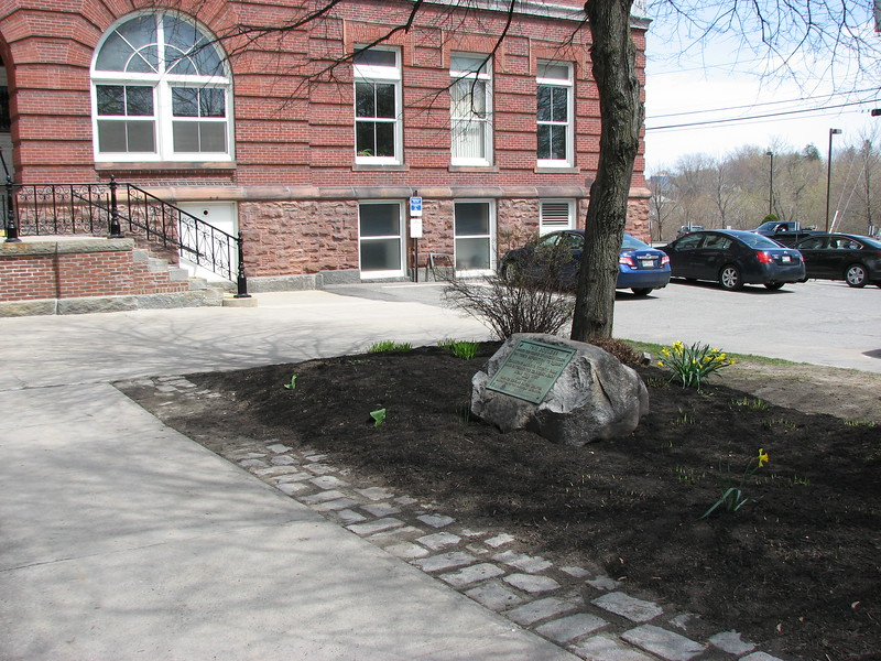 View of the boulder, in front of the Opera House/City Hall