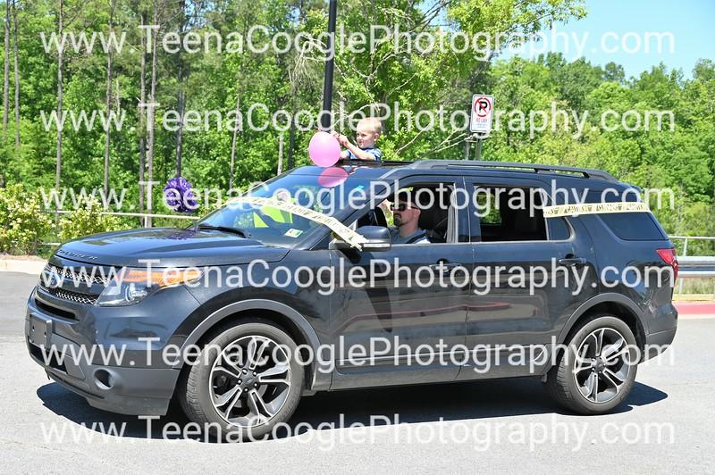 Derek and Megan Rogers kids Maddie Sebastien and Brycen Car 3 of 3