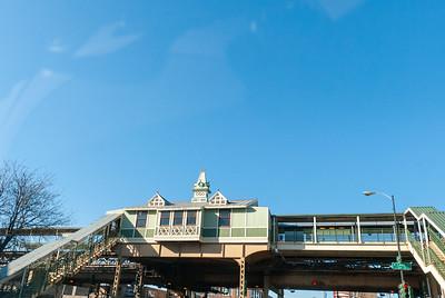 Ashland Ave Green and Pink El Station