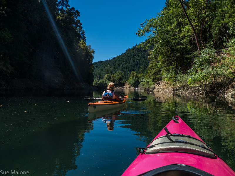 Kayaking Applegate Lake