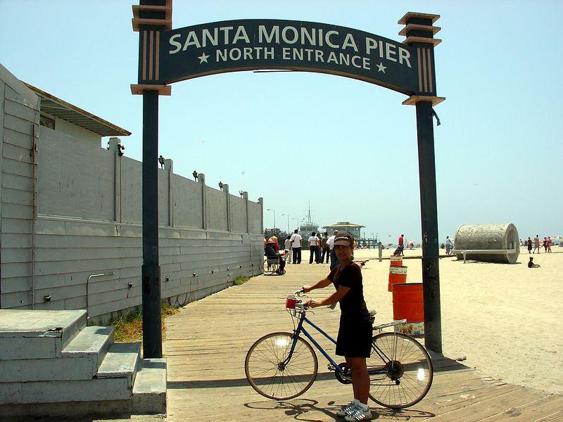 Am in front of the rear entrance to Santa Monica Pier.