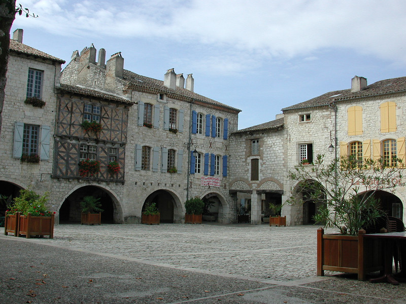 The town square in Lauzerte.