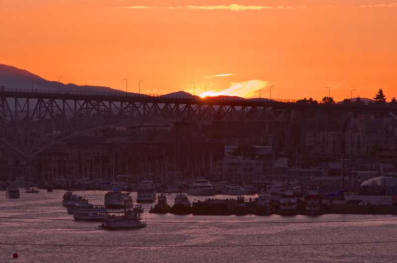 Sunset over Aurora Bridge