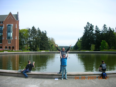 Drumheller fountain at UW.  They turned the fountain of in the afternoon for some reason so they are acting it out.