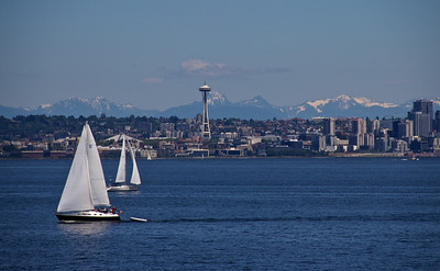 Seattle against the mountains